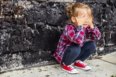 little-beautiful-girl-near-brick-wall (1)