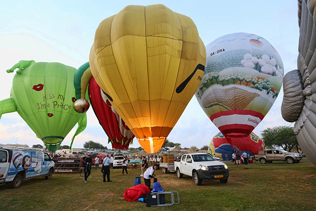 פסטיבל כדורים פורחים בנגב (צילום: דן בר דוב)