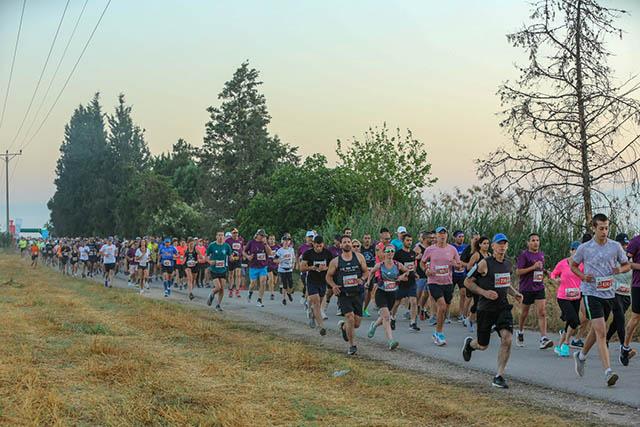 מרוץ העגור באגמון החולה (צילום sportphotography)