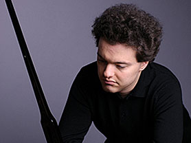 הפסנתרן יבגני קיסין